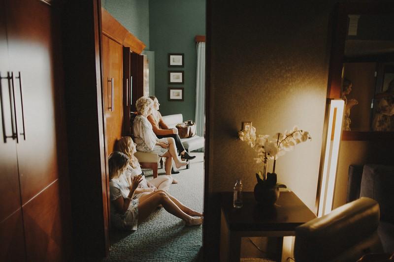 Sash&EmilyMarried-1060.jpg
