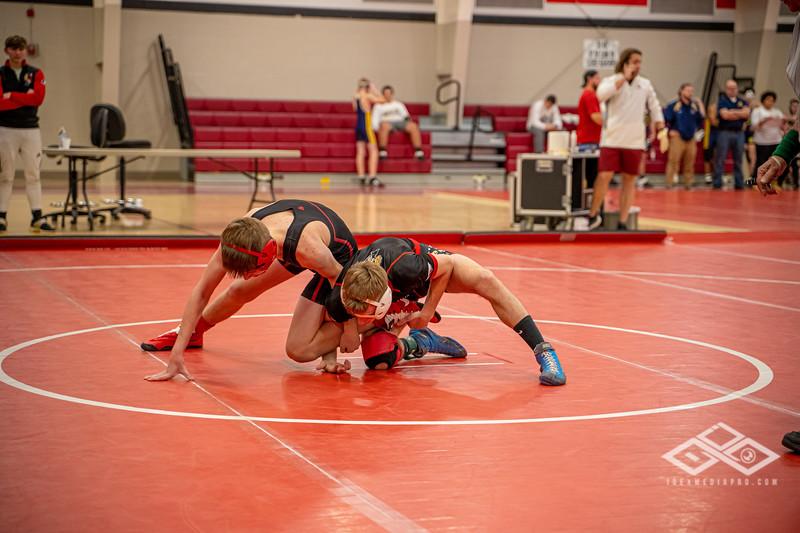 Wrestling at Granite City-09020.jpg