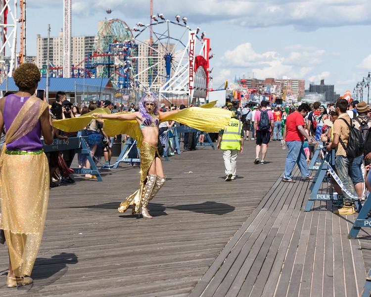 2019-06-22_Mermaid_Parade_0573.jpg