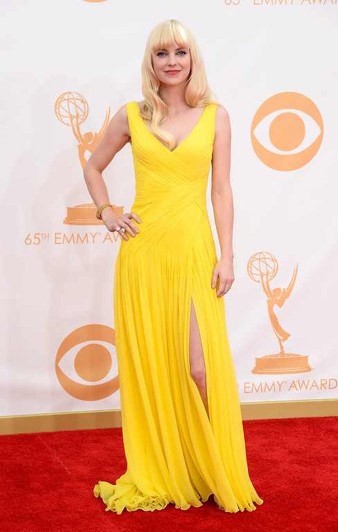 . Actress Anna Faris arrives at the 65th Annual Primetime Emmy Awards held at Nokia Theatre L.A. Live on September 22, 2013 in Los Angeles, California.  (Photo by Frazer Harrison/Getty Images)