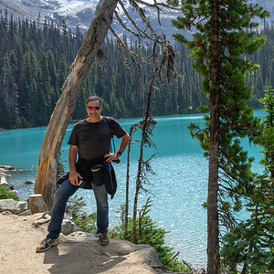 Joffre Lakes Provincial Park - THE HIKE