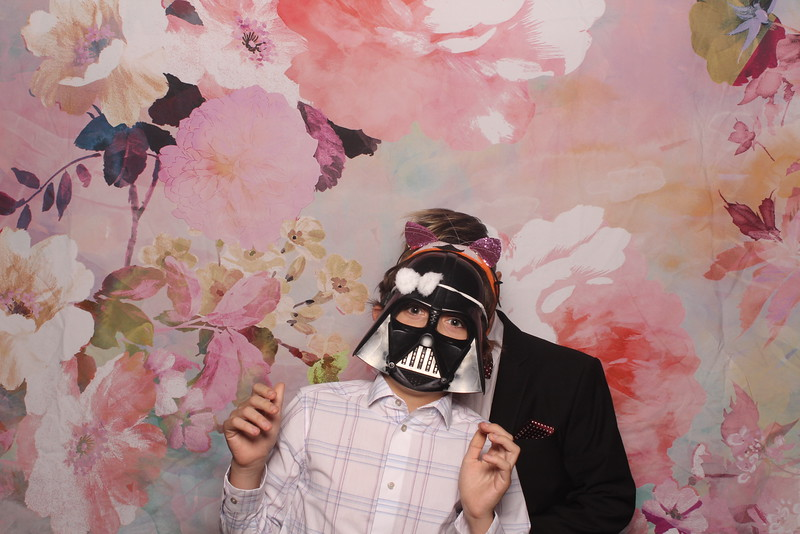 MangoStudios_Photobooth_Catherine and Sean13.jpg