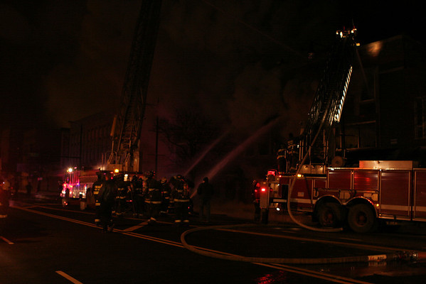 2-11 ALARM 4109 W. MADISON ST. (01-03-08)