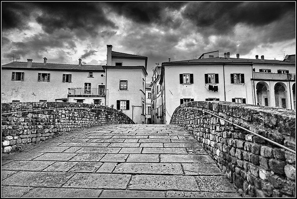 Pontremoli in black and white