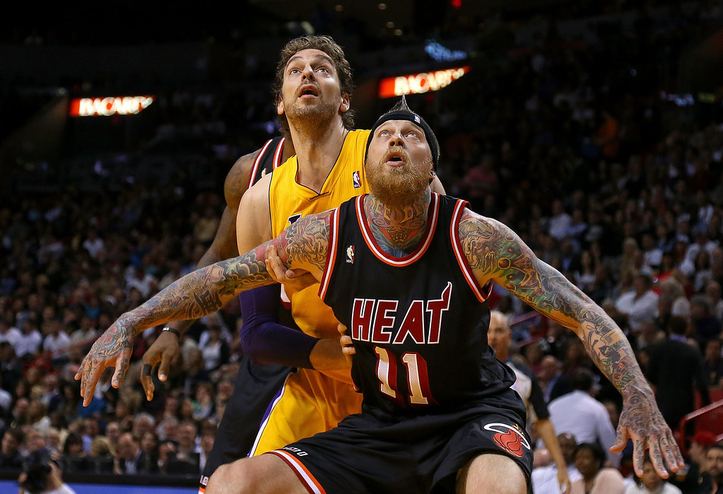 . Chris Andersen #11 of the Miami Heat boxes out Pau Gasol #16 of the Los Angeles Lakers during a game  at American Airlines Arena on January 23, 2014 in Miami, Florida.  (Photo by Mike Ehrmann/Getty Images)