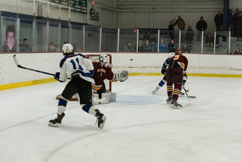 Wildcats hockey Seniors 2-18-17_1247.jpg