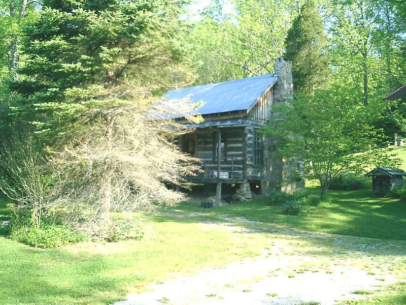 KY log cabin