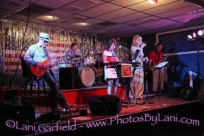 Dusty in the Desert with Gand Band 2/16/13