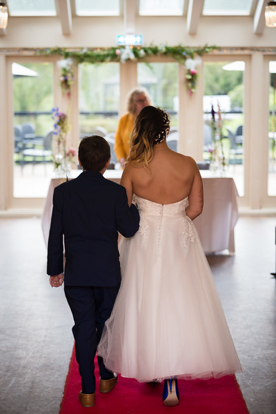 Sam_and_Louisa_wedding_great_hallingbury_manor_hotel_ben_savell_photography-0045.jpg