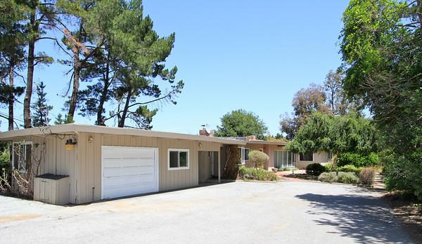 12179 Hilltop Dr, Los Altos Hills