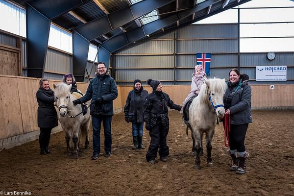 2018 Naja og Vega på hesteryg