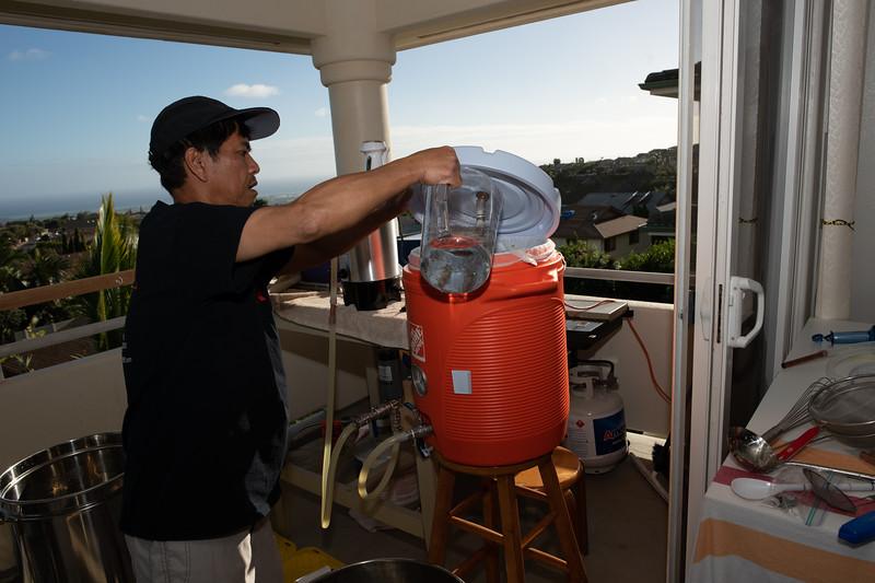 Hawaii - Brewing Beer-73.jpg
