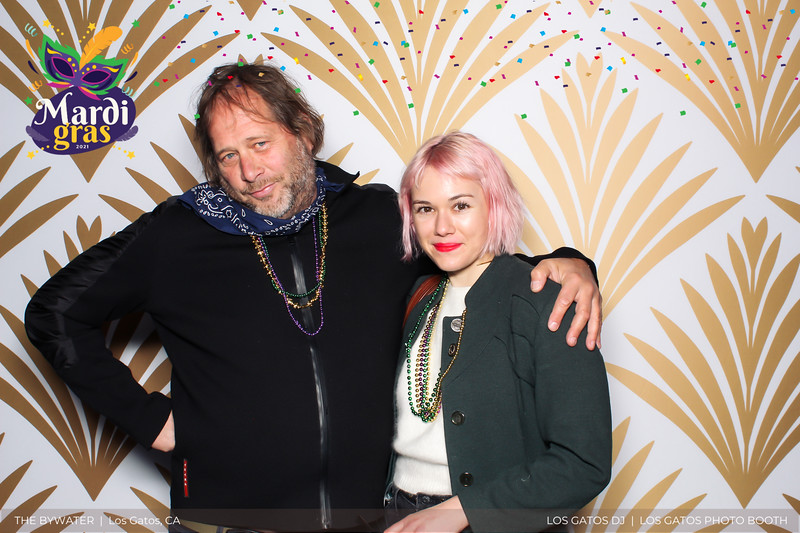 LOS GATOS DJ - The Bywater's Mardi Gras 2021 Photo Booth Photos (confetti overlay) (7 of 29).jpg