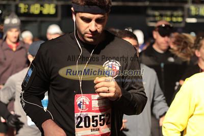Marathon & International Half Start Gallery 2 - 2012 Detroit Free Press Marathon