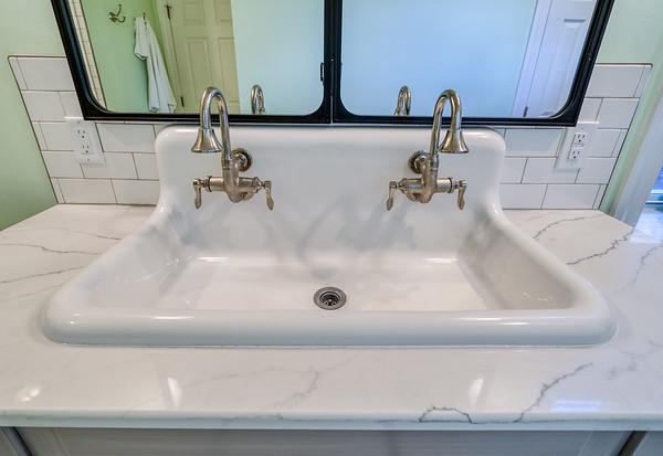 Zeile Bath and Kitchen 2020