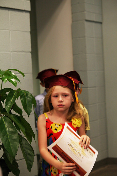 2012May18_MTA Kinder Grad_9780.JPG