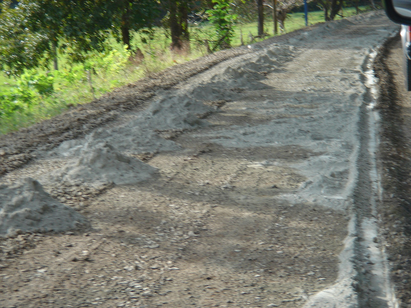 shitty costa rica roads
