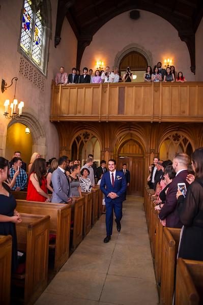 Montreal_Wedding_Photographer_McGill_Chapel_Entrepot_Dominion_Montreal_Quebec_Lindsay_Muciy_Photography_Luan&Venessa_FINAL_EX (24).JPG