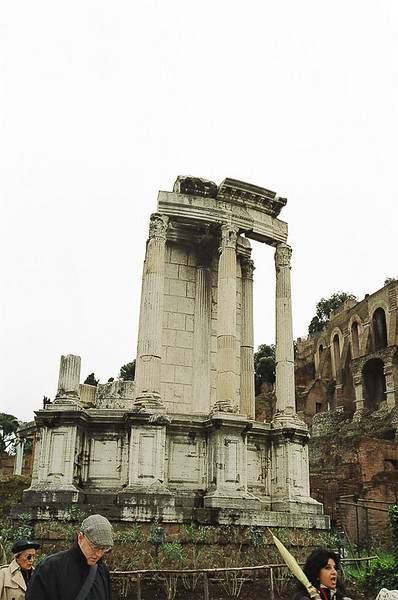 Sunday_Foro_Temple_Ruins_more_of_them_