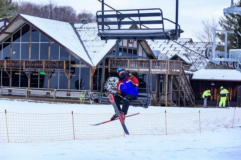 Opening-Day_60th-Anniversary-Season_Snow-Trails_OH-76913.jpg