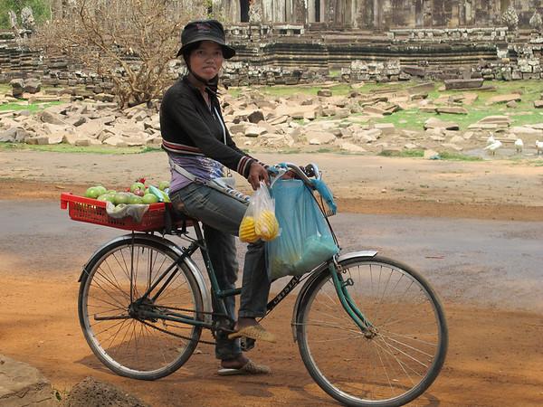 A fruit vendor at the Banyan.