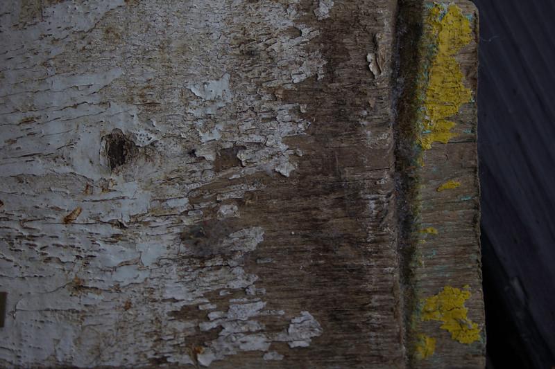 Wood Peeling Paint.jpg