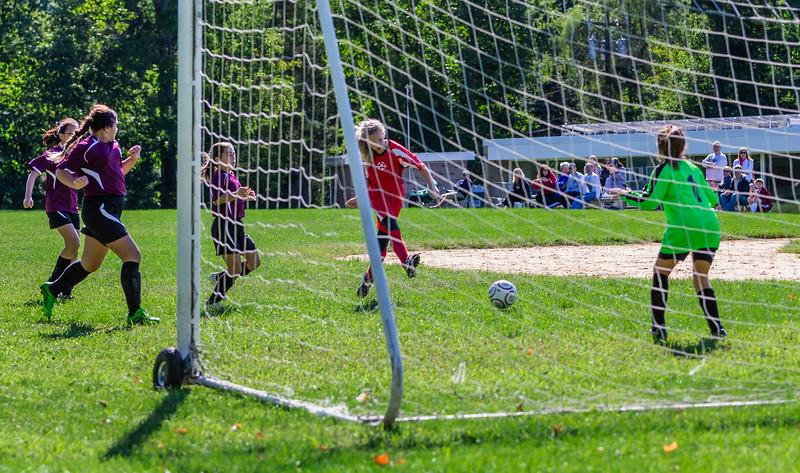2013-09 Natalia soccer 1226.jpg