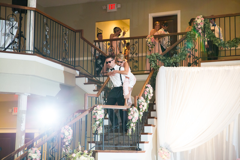 0849_Josh+Lindsey_Wedding.jpg
