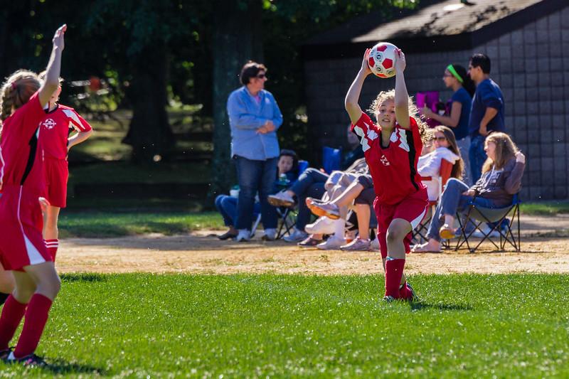 2013-09 Natalia soccer 2052.jpg