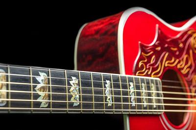 Guitar - Gibson - Fender-Rickenbacker