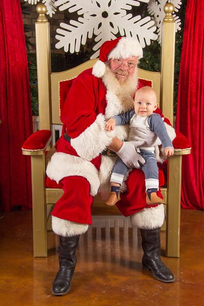 Santa 12-16-17-240.jpg