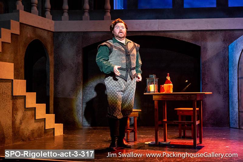 SPO-Rigoletto-act-3-317.jpg