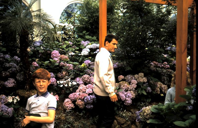 1972-12 (5) David 9 years @ Fitzroy Gardens.JPG