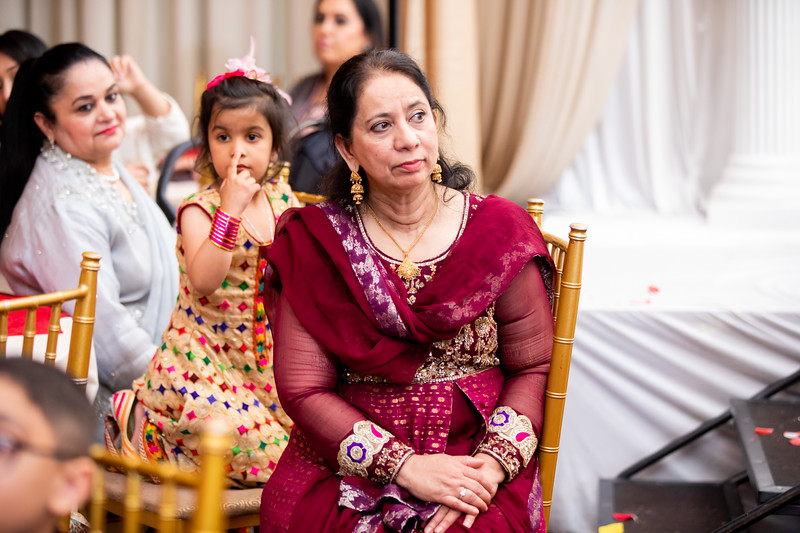 Zonaira & Umar Wed (269 of 405).jpg