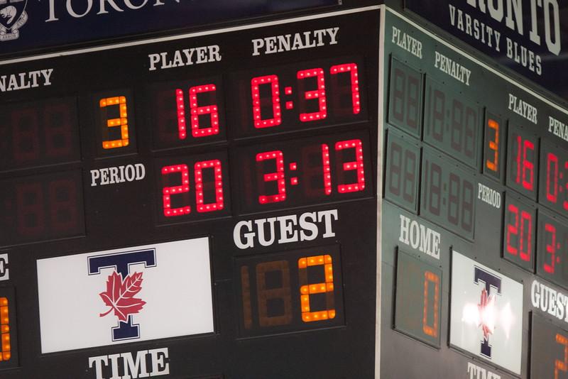20130310 QWHockeyvsUBC 535.jpg