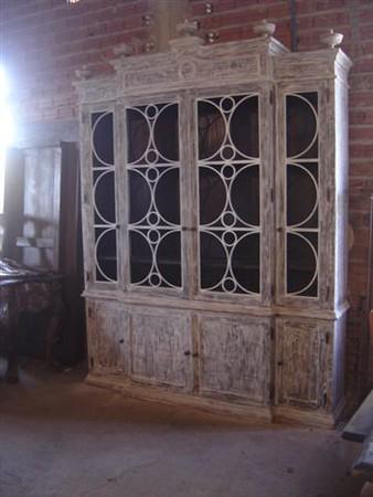 22-ZM06 Cabinet-3-LB04.JPG
