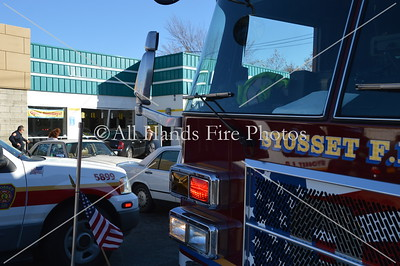 20131108 - Syosset - Car Vs Building