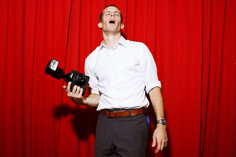 JamieMattPhotobooth-0693.jpg