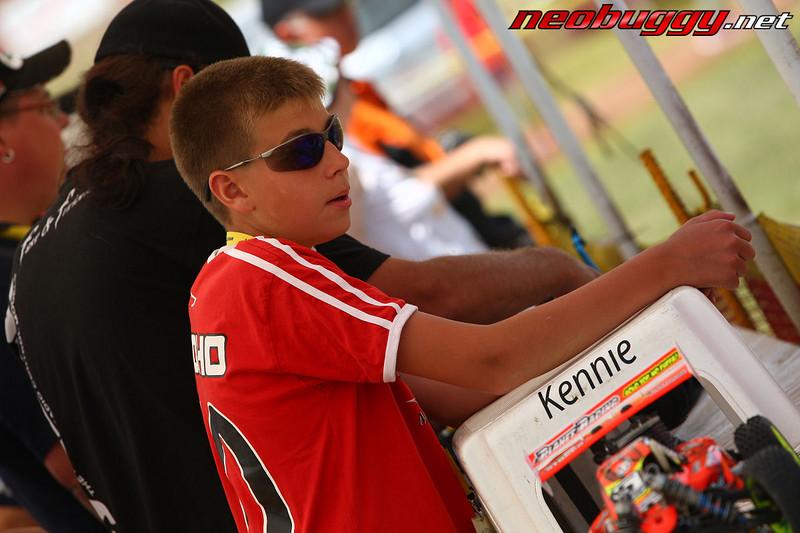 Kennie and his stool, called...Kennie?! 2009 Euro B