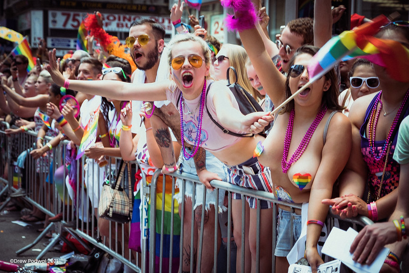 NYC-Pride-Parade-2017-HBO-03.jpg