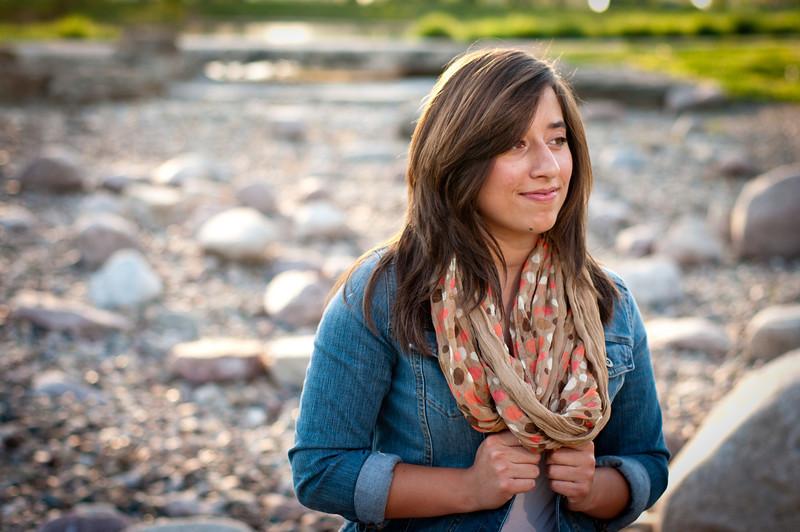 20120402-Senior - Alyssa Carnes-3105.jpg