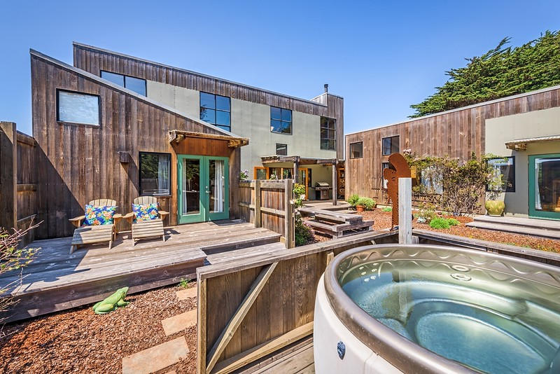 Front Courtyard with Hot Tub