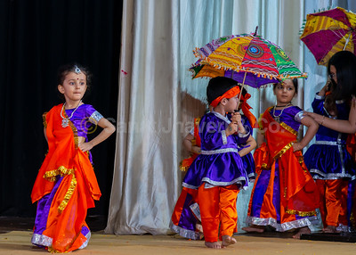 05_Chhatri Rumal Dance by Nursery