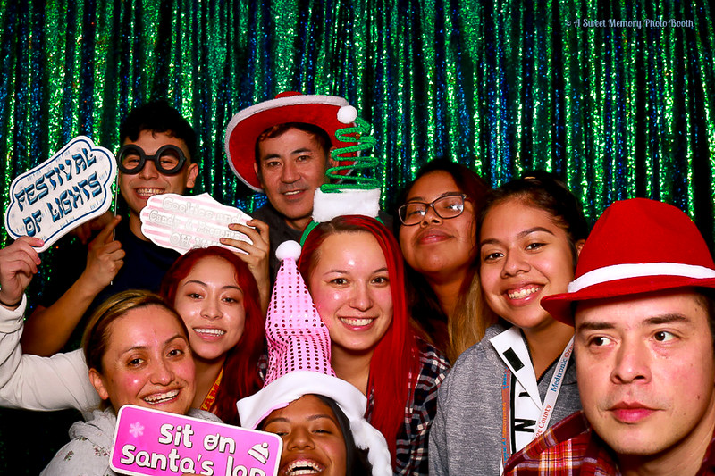 Medtronic Holiday Party -436.jpg
