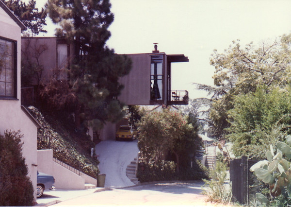 1986 Lucille Ave
