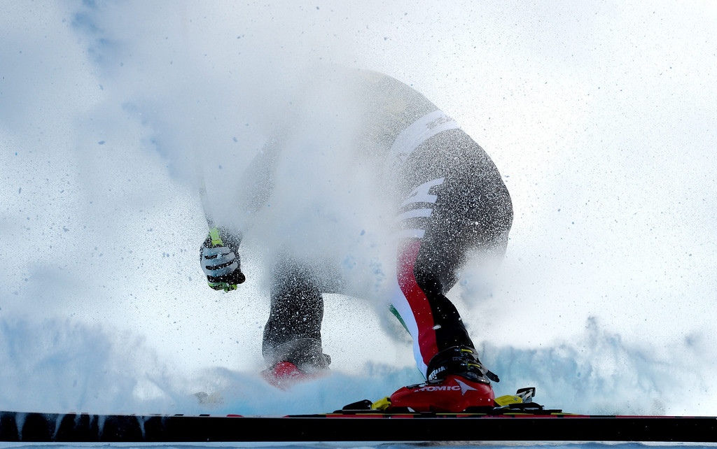 . Skier Sofia Goggia, of Italy, loses her balance while taking a turn during the women\'s downhill race at the FIS World Cup Alpine Skiing in Beaver Creek, Colorado, USA, 29 November 2013.  EPA/JUSTIN LANE