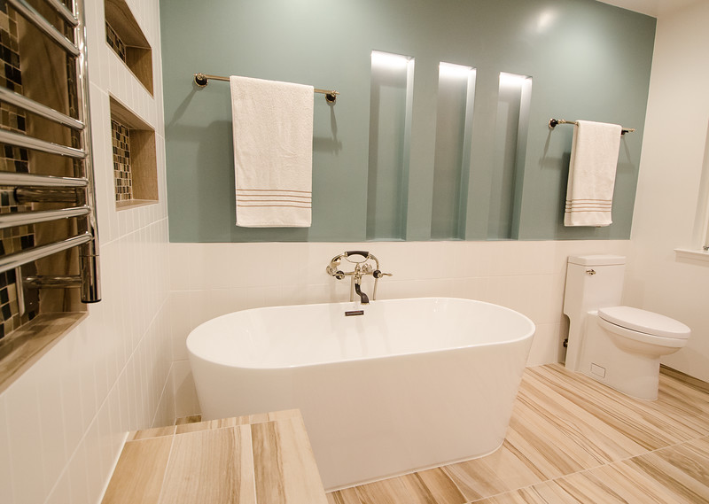 modern-glass-bathroom-006.jpg