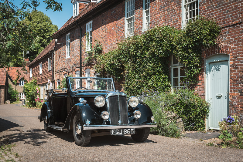 King George VI's 1939 Daimler DB18