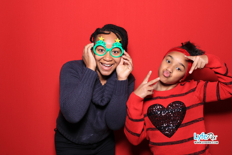 eastern-2018-holiday-party-sterling-virginia-photo-booth-0137.jpg