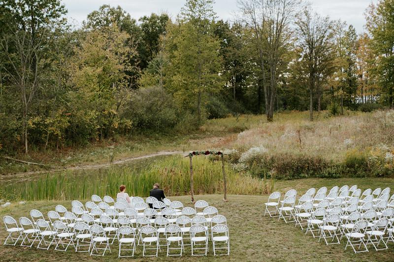 rustic_ohio__fall_barn_wedding-251.jpg